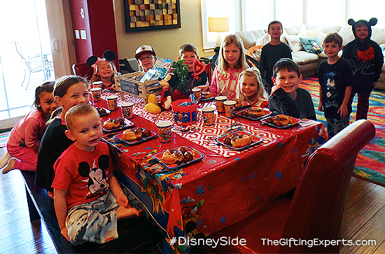 disneyside_home_celebration_5